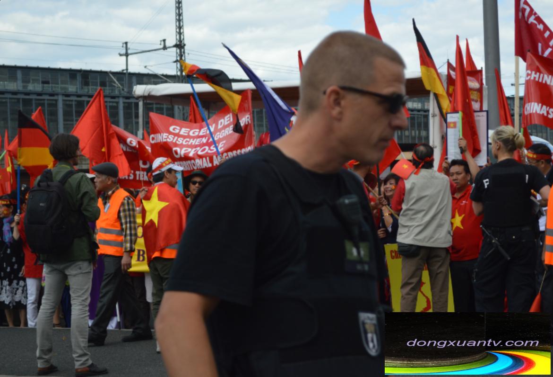 Video phỏng vấn BTC và những người tham gia biểu tình ngày 15-06-2014 tại Berlin